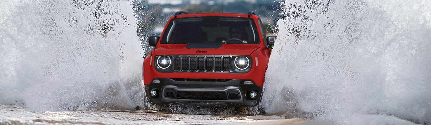 /static/content/dam/jeep/crossmarket/model/new_renegade/Overview/07_capability/1450x423_Capability_v1.jpg